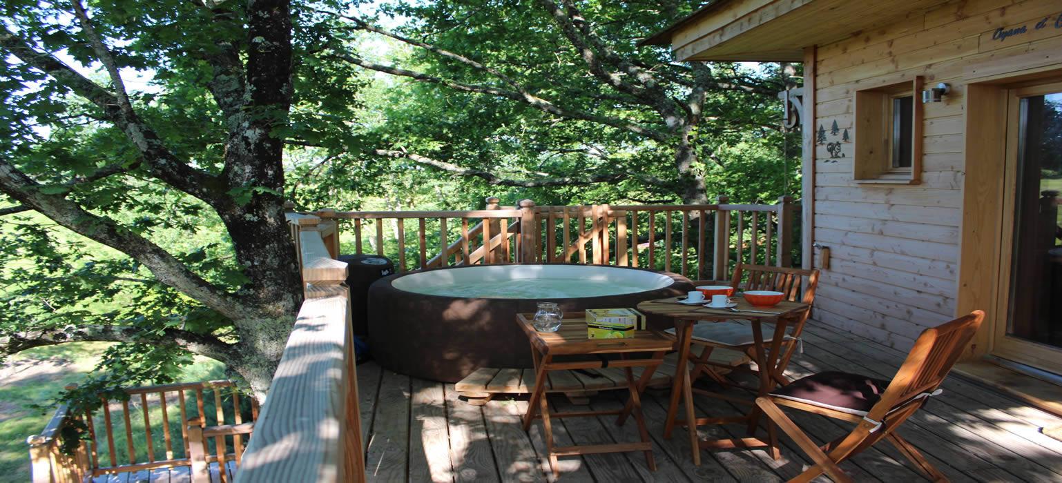 location d 39 une cabane dans les arbres cabane perch e des ch nes du m doc. Black Bedroom Furniture Sets. Home Design Ideas
